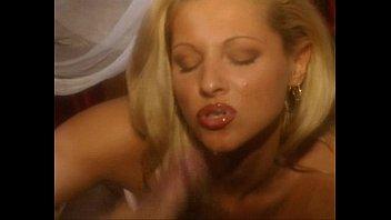 Wild things sex scene mobile clip Amandas diary 5 - scene 6 - cassandra wilde, caroline cage, gili sky