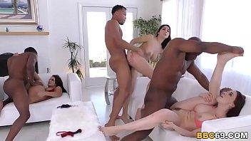 Chanel Preston, Keisha Grey, Valentina Nappi - Interracial 8分钟
