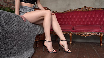 Sexy Tiny Girl With Perfect Feet Shows Her Legs In High Heels
