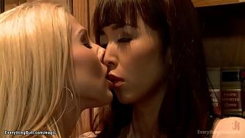 Three hot lesbians anal fucking