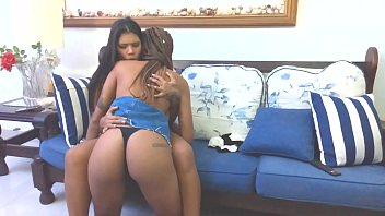 Free hot lesbian amateur videos Lunna vaz e molive em : cinema em casa  completo no red