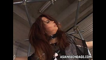 Hot Asian Babe Tied Up Gets To Be Vibed