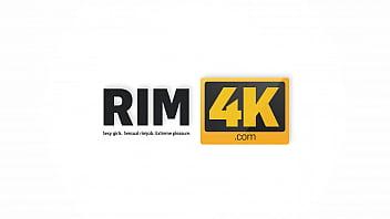 RIM4K. Seductive charmer wants to lick the hung craftsmans anus