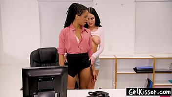 2 office intrigue kissing...