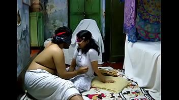 Desi Indian Savita Bhabhi Sex Mms 25分钟