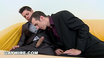 GAYWIRE - Bareback Casting Gay Orgy With 4 Beautiful Men 12 min