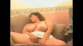 Busty Mature Lady Masturbation on Webcam - SexyKamerka.pl