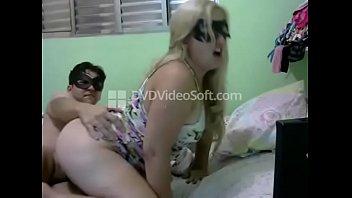 Loirinha gostosa fodendo na webcam صورة