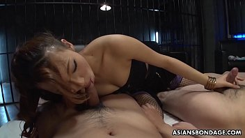 Mai Takizawa Is Squirting While Cumming During A Group Session