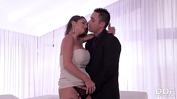 Image: Rich Milf Cathy Heaven seduces her Bodyguard into Anal Sex