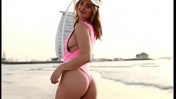 Escort girl in athens - Escort call girl mia dubai beach striptease