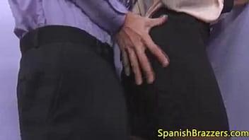 Negra tetona y culona chorreada en la oficina para ser ascendida *Audio Latino* Ver video completo aquí :https://vidoza.net/l4seu8zm9l7i.html