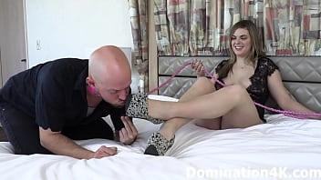 Streaming Video Locked tightly into chastity for Damazonia and Natalya - XLXX.video