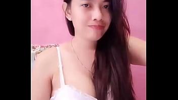 Hot Thai Girl On Cam thumbnail