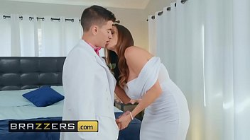 Milfs Like it Big - (Ariella Ferrera, Jordi El, Nino Polla) - Male Order Bride - Brazzers 10分钟