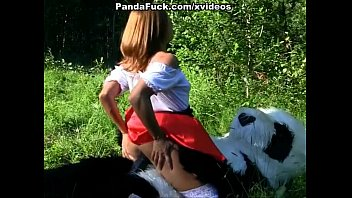 Little Red Riding Hood fucking with Panda in the wood Vorschaubild