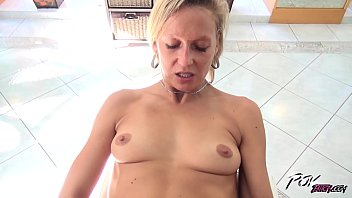 Skinny blond milf suck cum Povbitch horny milf blonde suck cock until cum in her mouth and swallow