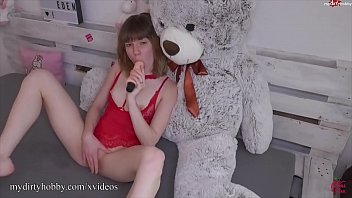 MyDirtyHobby - Horny teen gets to use her new toy for the first time