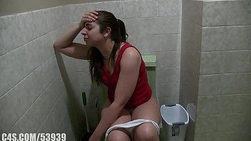 girl with diarrhea. 7 min