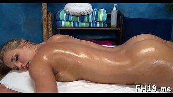 Captivating honey Lacy Johnson enjoys muff stretch 5分钟