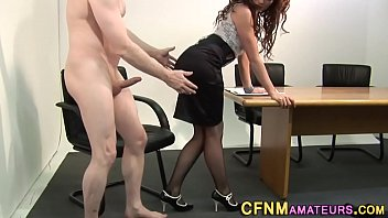 Clothed brit rides cock 6分钟