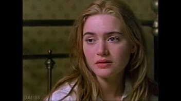 Pictures of kate winslet nude from the titanic dvd - Kate winslet - jude