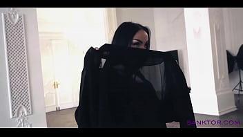 SANKTOR 042 - ARABIAN GIRL DANCING STRIPTEASE porno izle