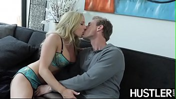 Inked beauty Christie Stevens squeezes cum out of cock