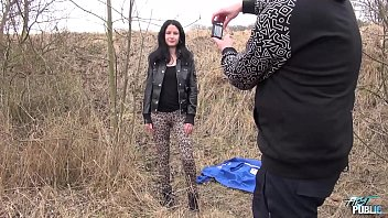 Black hair model is not really happy she has to fuck photographer outdoors 22 min