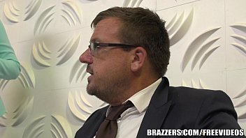 Brazzers - Dirty blonde milf gets some office dick 7 min