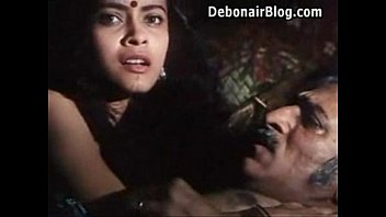 Hot Desi Filim Kissing olderman