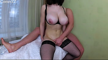 BIG TITS AMATEUR GIRL DOGGY STYLE TITS SHAKING CLOSE UP