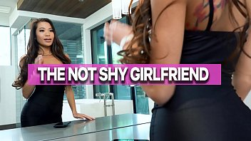 GIRLSRIMMING - Vina Sky The Not So Shy Girlfriend With Johnny Castle
