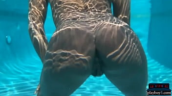 ebony milf model ana foxxx dips naked in a big pool and looks so hot