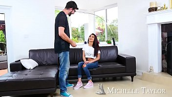 Big Yo-Yo Gets A Blow-Blow! - Naughty America