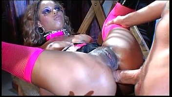 Black slut gets her ass and pussy fucked 34 min