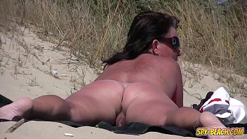 Amateur NUDIST Voyeur Fat MILF Close-Up Video