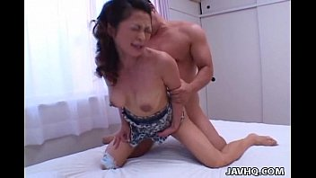 Sexy Marie Sugimoto fucked from behind! 9分钟