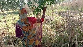 गेहूं के खेत मे सासुर जी ने जबरदस्ती चोद दिया 7分钟