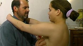 Pamela se fait prendre le cul par une grosse queue ! thumbnail