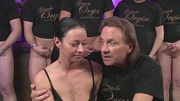 Suprise bukkake Sex orgie - hart und heftig gefickt - bukkake