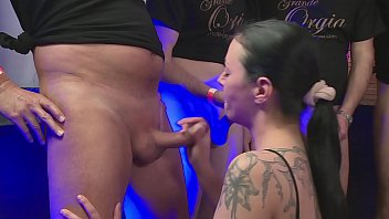 Sex Orgie - Hart und heftig gefickt - Bukkake thumbnail