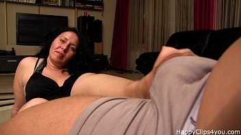 Alisa stepmom handjob video 3分钟