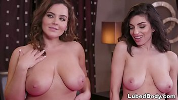 Nice assed girls Lesbian triangle - natasha nice, darcie dolce and xandra sixx