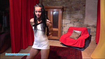 Gypsy teen strip - Gypsy teen does wild lapdance show
