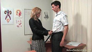 Russian mature teacher 4 - Katerina (biology lesson)