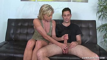 Big Cock And Huge Cumshot porno izle