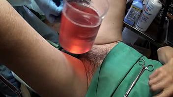 2019-03-の研修会、排尿せずに膀胱浣腸、出血ごくわずかですが合計900cc入りました