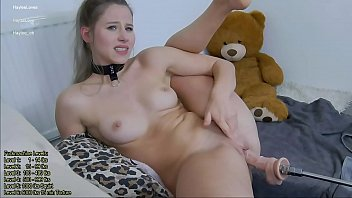 Hot Teen Super Squirt and Pussyfucking! Creampie Closeup!
