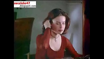 Holly Marie Combs - A Reason to Believe - rawcelebs47.blogspot.com